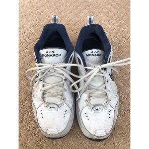 Nike Air Monarch Shoe GUC - 10